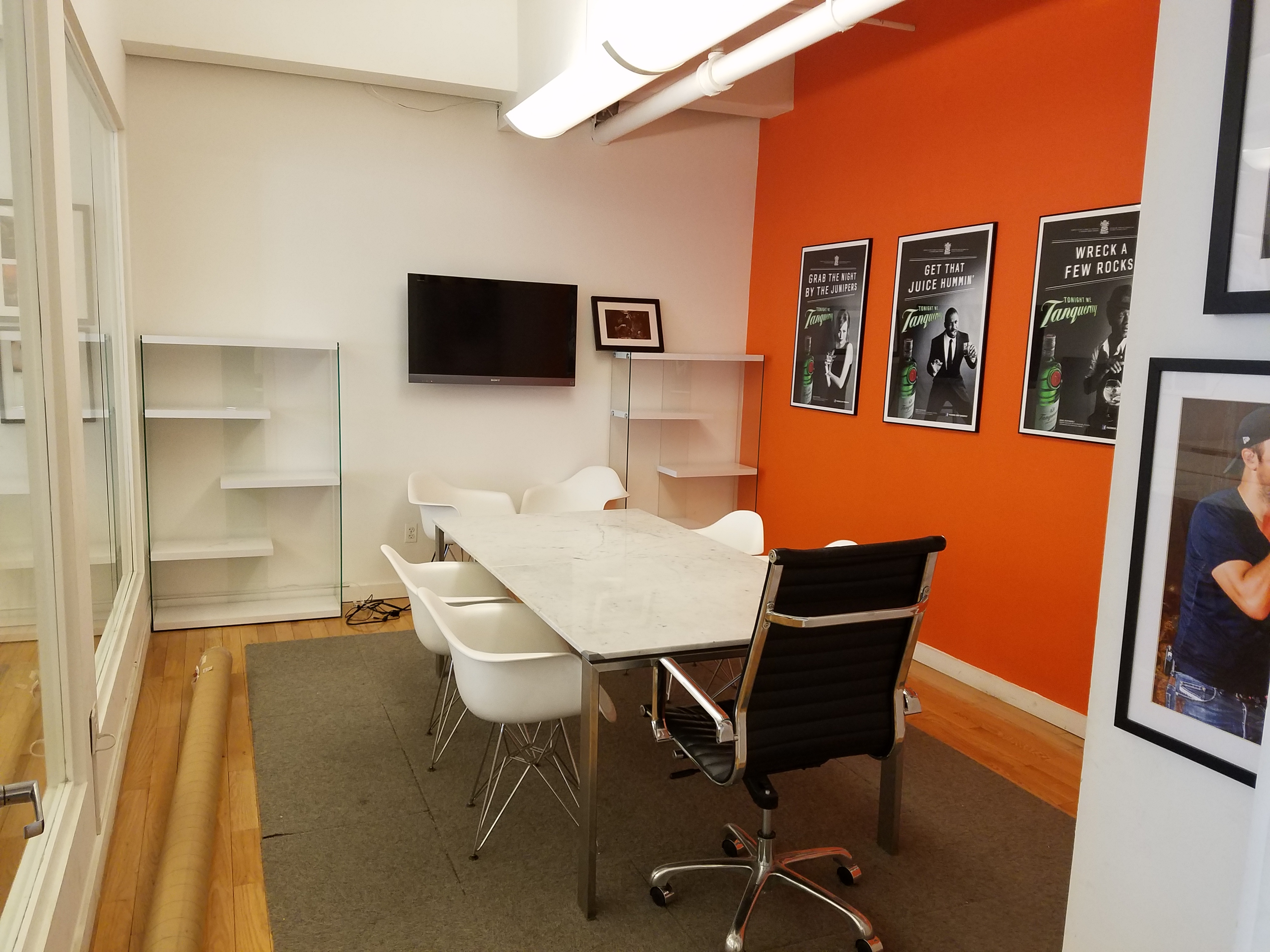 Furnished short term office space