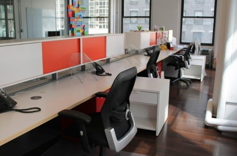 d53e5fa648c9ca19b181a946c0ce5c44-818x540 Coworking Spaces/ Serviced Offices