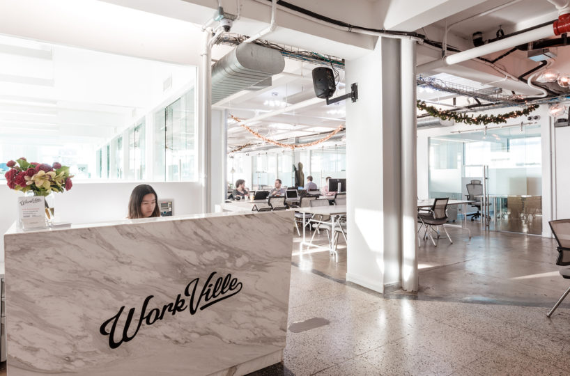 Front-Desk-818x540 Coworking Spaces/ Serviced Offices